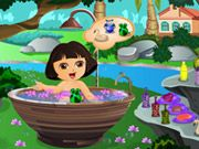 Play Cute Dora Bathing